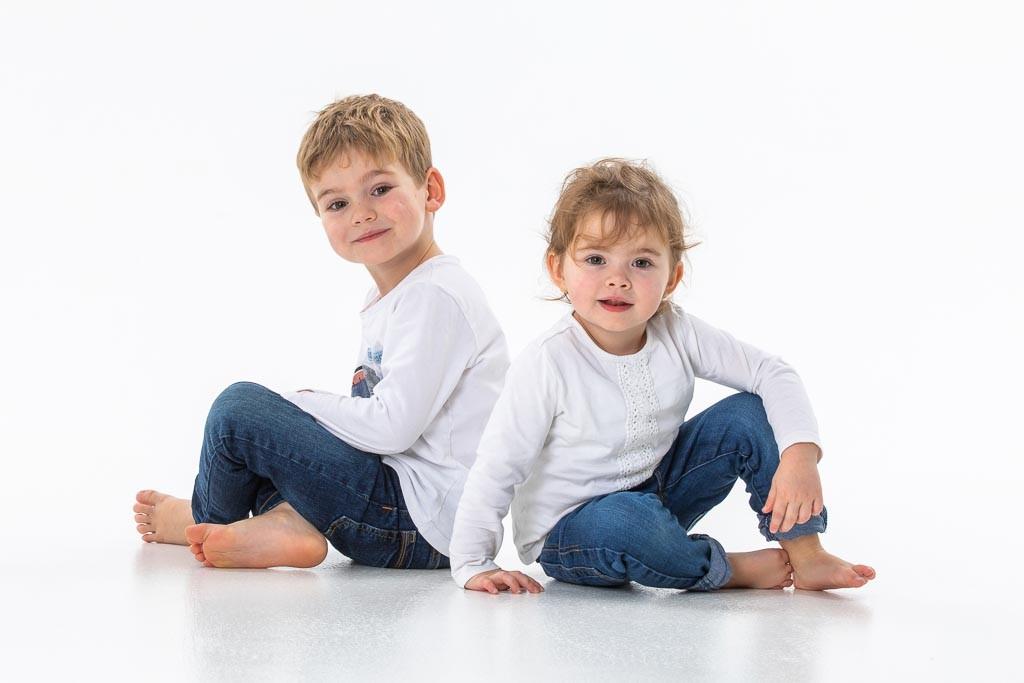 frère et sœur en studio
